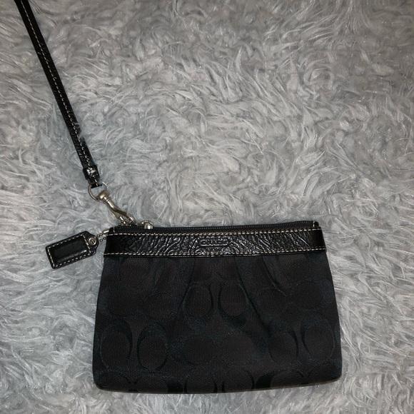 Handbags - Black Coach Wristlet